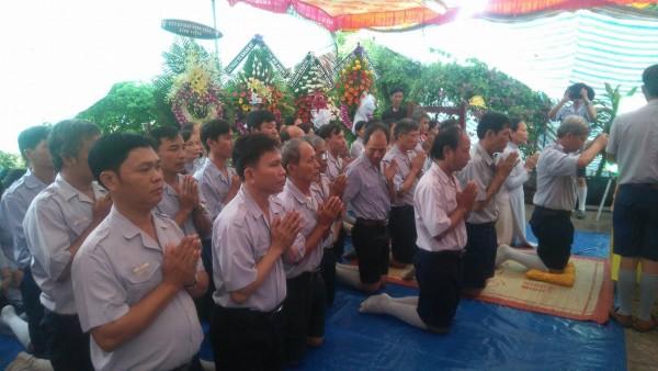 GĐPT Bà Rịa Vũng Tàu viếng tang.