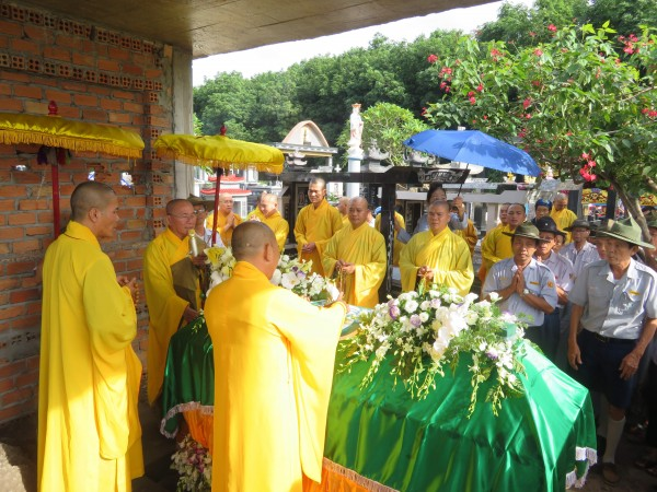 Lễ di quan anh Tâm Linh-Phan Văn Lê